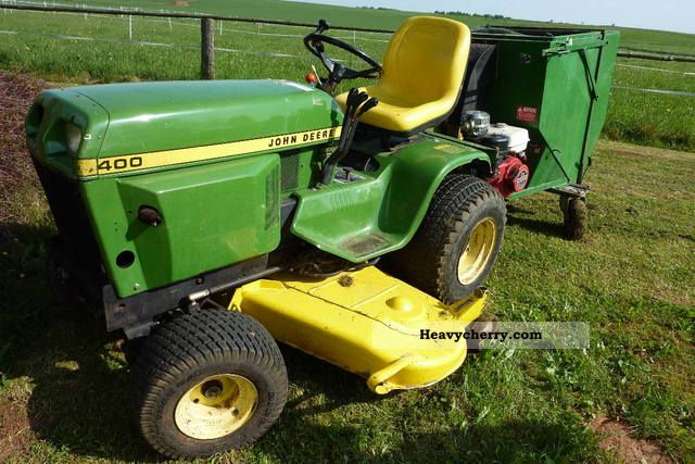 1987 John Deere  400 Agricultural vehicle Tractor photo