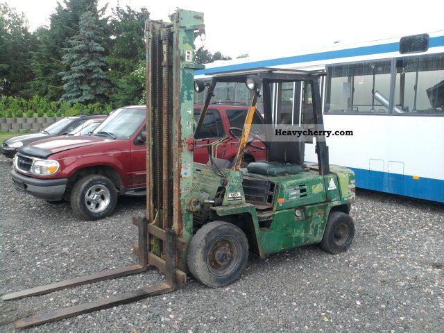 2011 Komatsu  FD25 Forklift truck Front-mounted forklift truck photo