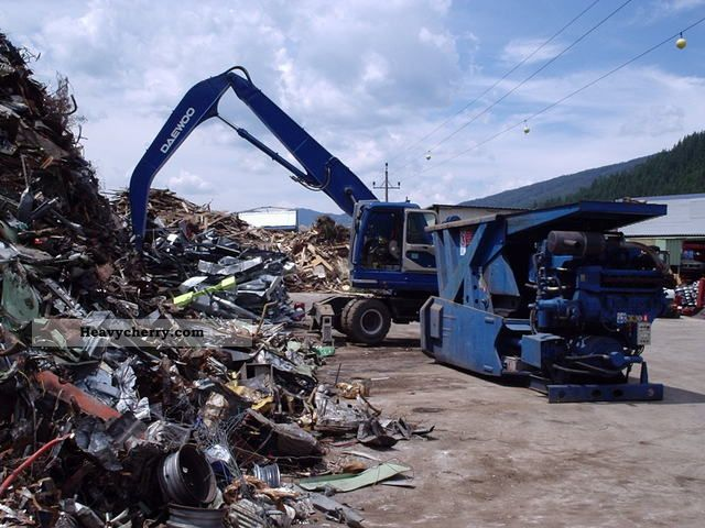 2004 Daewoo  210 WV Construction machine Mobile digger photo