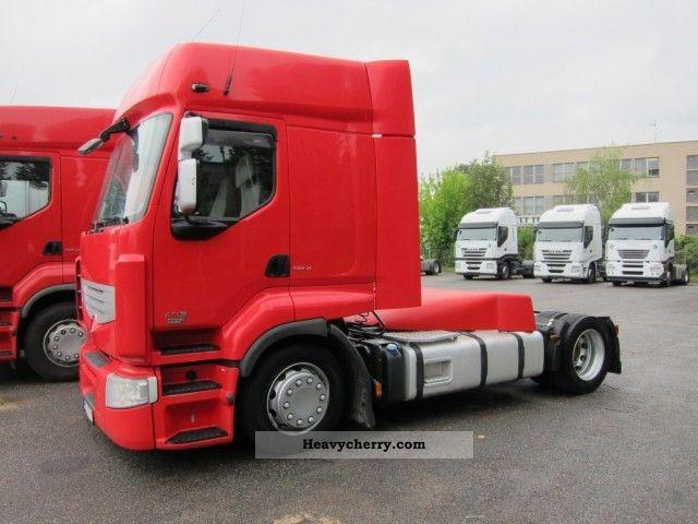 2007 Renault  Premium 450.18 T E5 Mega Manual Semi-trailer truck Volume trailer photo
