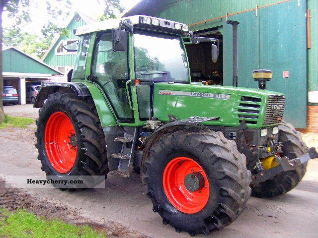 1995 Fendt  511A + PTO Very well maintained Agricultural vehicle Tractor photo