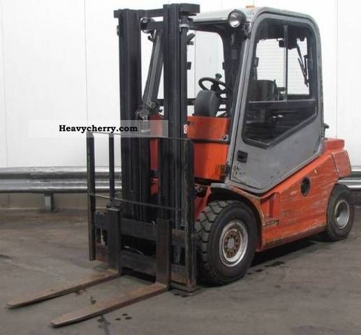 2012 BT  C-4-D-250-D Forklift truck Front-mounted forklift truck photo