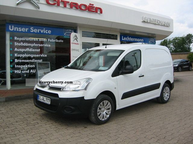 citroen citro n berlingo l1 1 6 hdi 75 fap niv 2012 box type delivery van photo and specs. Black Bedroom Furniture Sets. Home Design Ideas