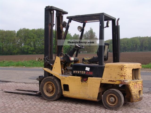Hyster H2 50XL 1991 Rough-terrain forklift truck Photo and Specs
