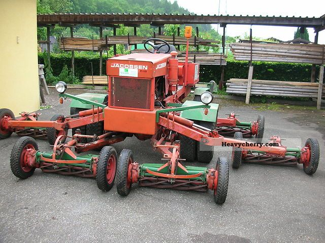 2012 Jacobsen  F-10 Agricultural vehicle Reaper photo