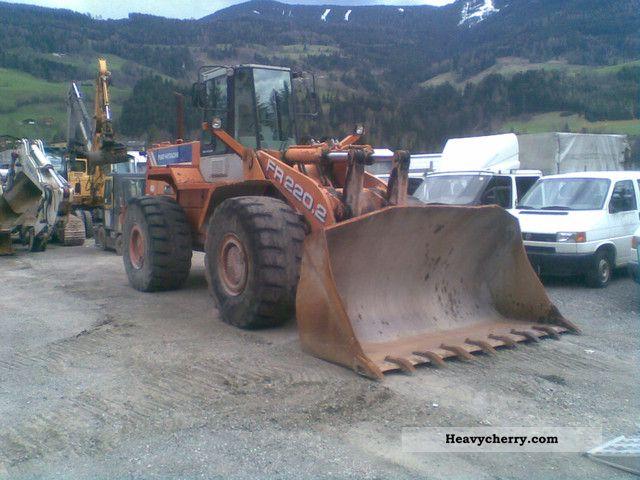 1997 Hitachi  FR 220 Construction machine Wheeled loader photo