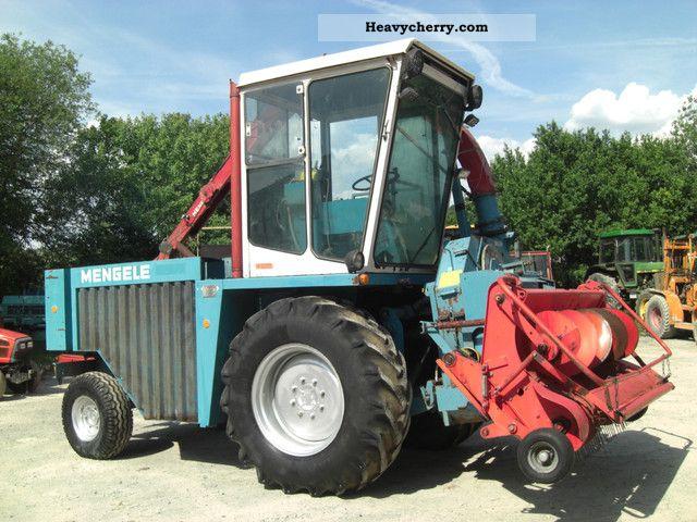 1988 Mengele  SF 300 Agricultural vehicle Harvesting machine photo