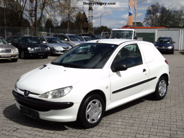 2004 Peugeot  1.4HDi 206, 68HP, Truck, 124510km ,1-hand TUV / AU NEW! Van or truck up to 7.5t Box-type delivery van photo
