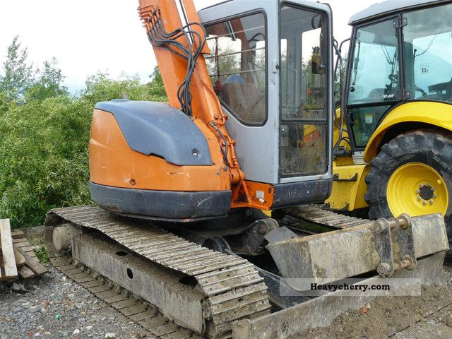 2001 Hitachi  EX 75UR (JCB KOMATSU CASE CAT) Construction machine Caterpillar digger photo