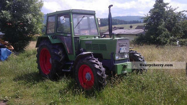 1979 Fendt  108 ls Agricultural vehicle Tractor photo