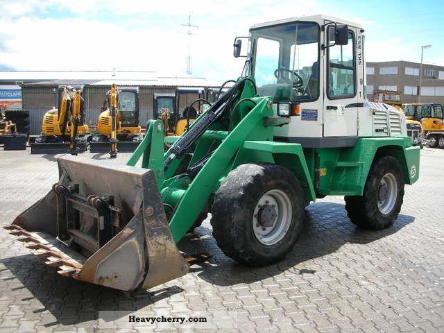 2003 Schaeff  SKL 853 Construction machine Wheeled loader photo