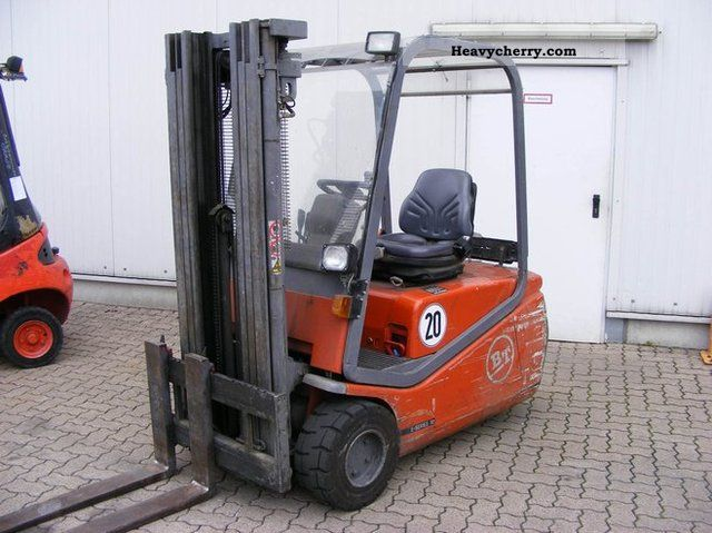 1999 BT  CBE 1.8 T Forklift truck Front-mounted forklift truck photo