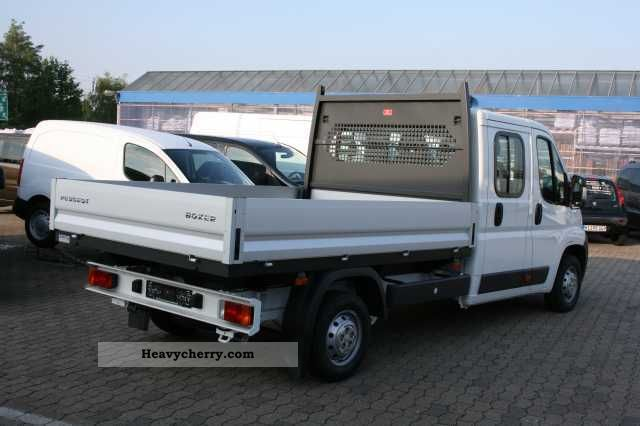 peugeot boxer 335 l3 hdi fap 130 crew cab flatbed 2012 stake body truck photo and specs. Black Bedroom Furniture Sets. Home Design Ideas
