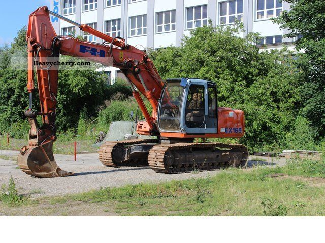 2000 Hitachi  EX 165 Construction machine Caterpillar digger photo