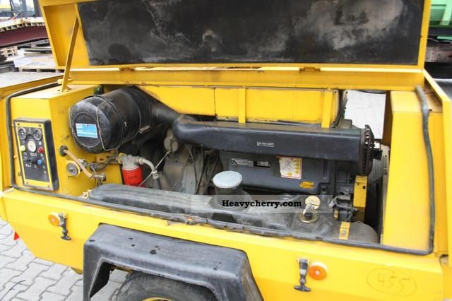 1994 Atlas Copco XAS 90 compressor with generator Construction machine