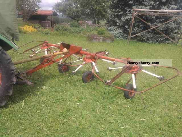 1975 Fahr  KH 40 Agricultural vehicle Haymaking equipment photo