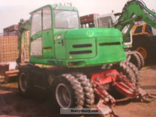 2006 Schaeff  HML 32 - full extras - 4 spoons - Top - Construction machine Mobile digger photo