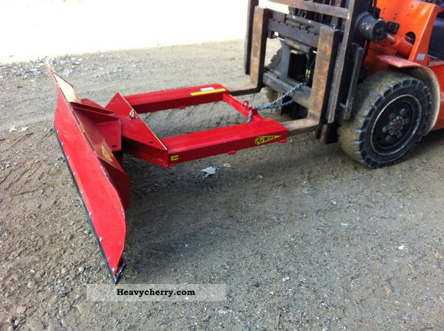 Used Forklift Snow Blades : Linde snow plow m wide and swivel front mounted