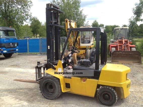 2012 Hyster  3-t Forklift truck Front-mounted forklift truck photo