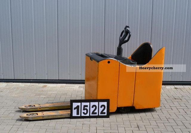 2005 Still  EGU S20 Forklift truck Low-lift truck photo
