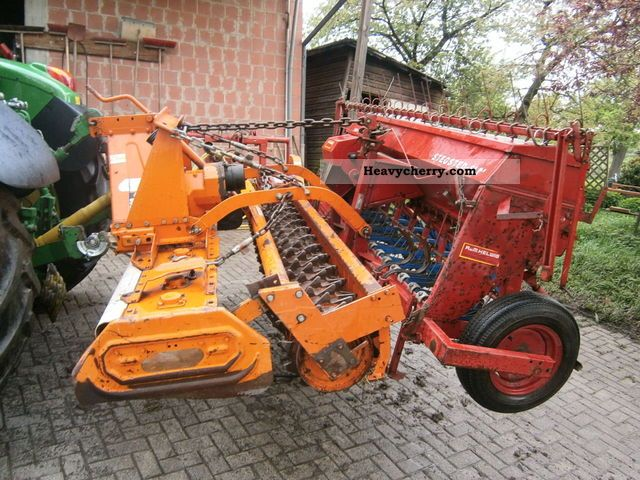 2012 Maschio  Seed drill Agricultural vehicle Harrowing equipment photo