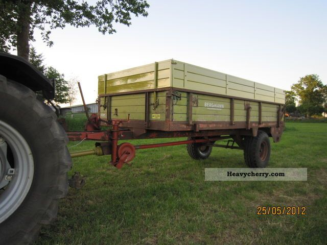 1975 Bergmann  M64 Agricultural vehicle Loader wagon photo