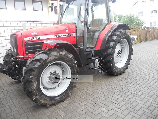 1998 Agco / Massey Ferguson  4270 Agricultural vehicle Tractor photo