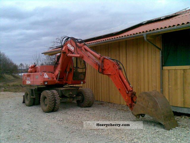 1990 Atlas  1304 Construction machine Mobile digger photo