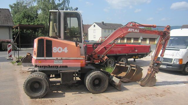 1997 Atlas  804M Construction machine Mobile digger photo