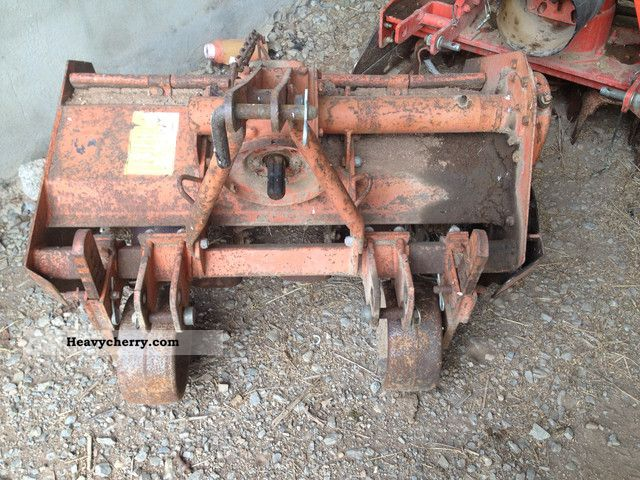 2012 Howard  0.90 mill wide Agricultural vehicle Harrowing equipment photo