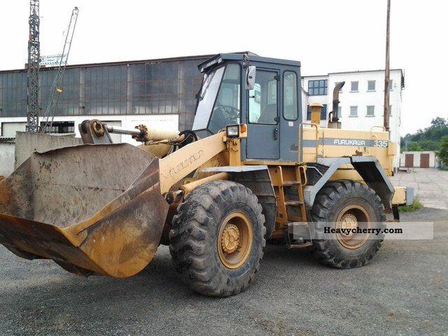 1993 Furukawa  335 Construction machine Wheeled loader photo