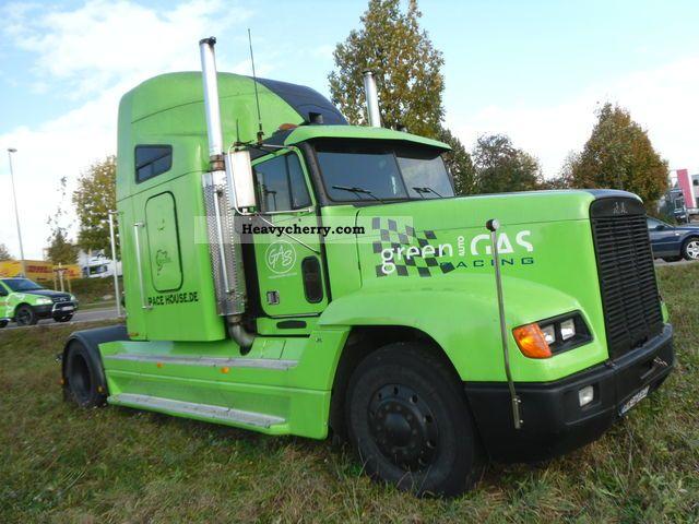 Freightliner Tractor Weight : Freightliner fld standard tractor trailer unit