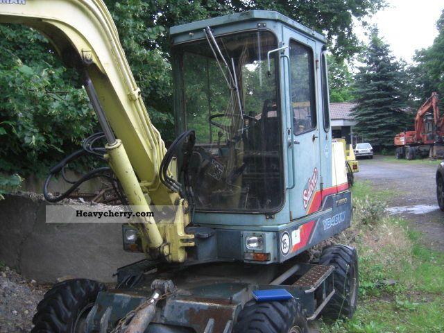 1996 Yanmar  401 Construction machine Mobile digger photo