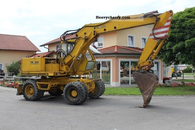 1986 Faun  1015 mobile excavator Construction machine Mobile digger photo