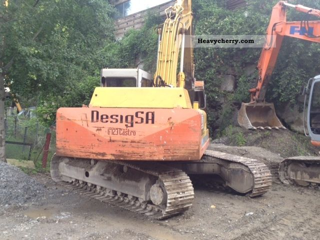 1994 Hitachi  FH 200 Construction machine Caterpillar digger photo