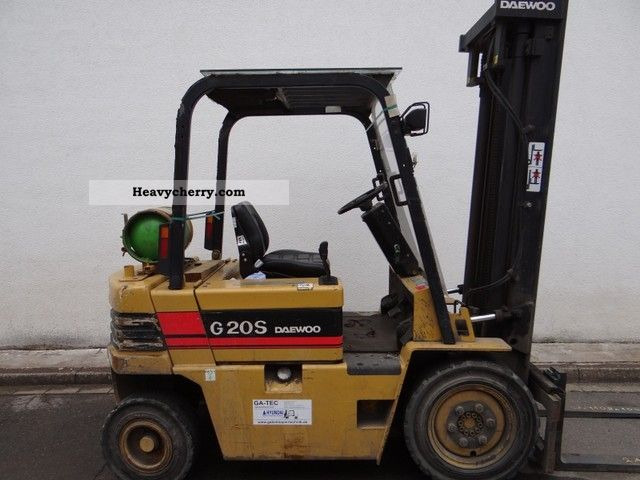 Daewoo G20S 1994 Front-mounted forklift truck Photo and Specs