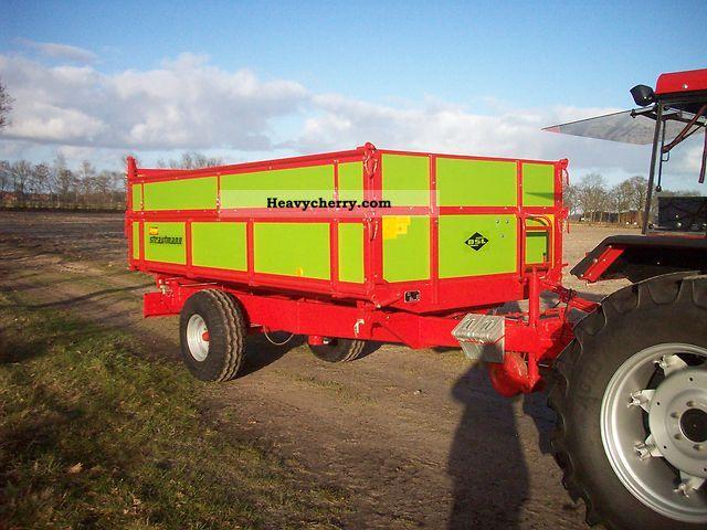 2012 Strautmann  SKE 45 Agricultural vehicle Loader wagon photo