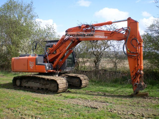 2005 Hitachi  Zaxis 160 Construction machine Caterpillar digger photo
