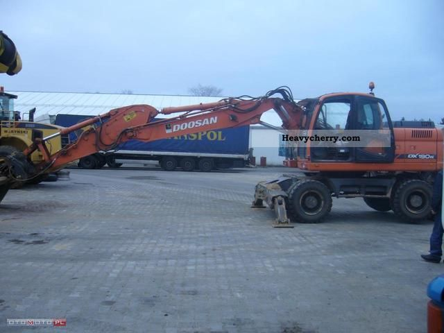 2012 Doosan  DX190W Koparka Kolowa Construction machine Mobile digger photo