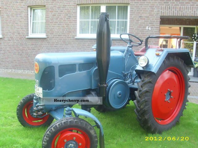 1956 Case Tractor : Lanz  agricultural tractor photo and specs