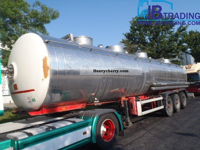 1988 Magyar  31 000 liters of chemicals Semi-trailer Tank body photo