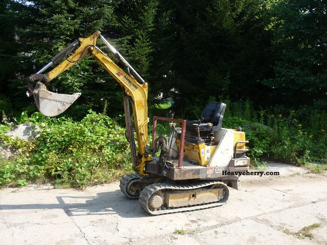 1995 Yanmar  B12 Construction machine Mini/Kompact-digger photo