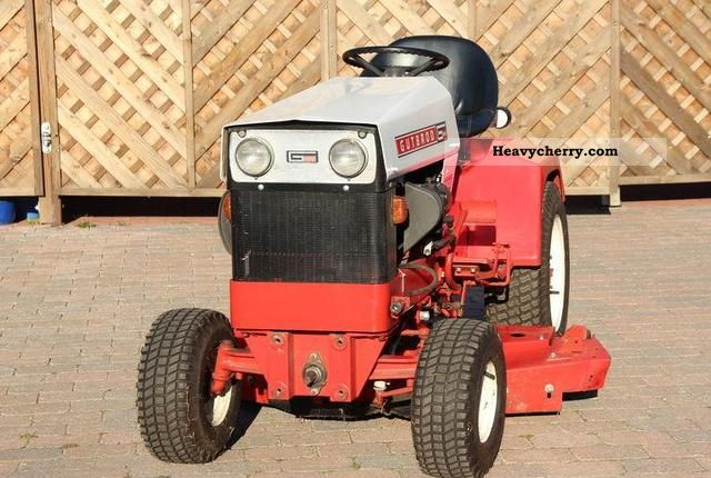 1987 Gutbrod  Gut25ooR Agricultural vehicle Tractor photo