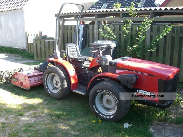 2003 Carraro  4400 Hst Agricultural vehicle Tractor photo