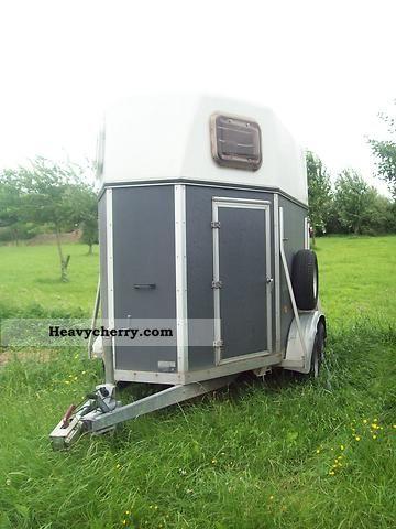 2003 Blomert  HP3 Trailer Cattle truck photo