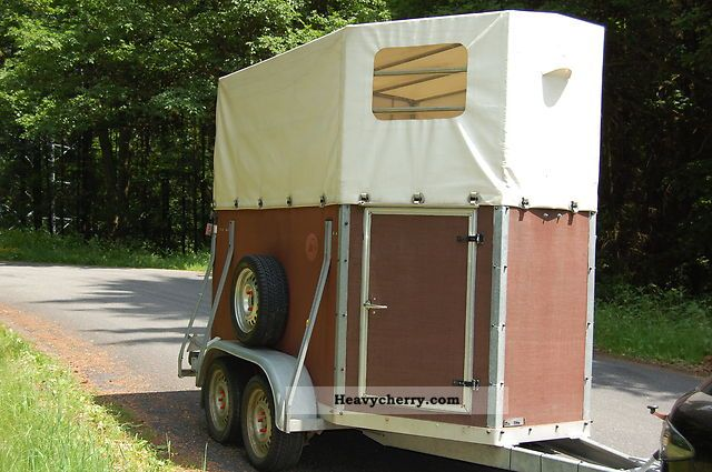 1992 Blomert  Trailer Trailer Cattle truck photo