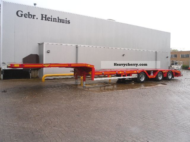 2012 Broshuis  E 2190-27 New 8500 kg curb weight Constructie Semi-trailer Low loader photo
