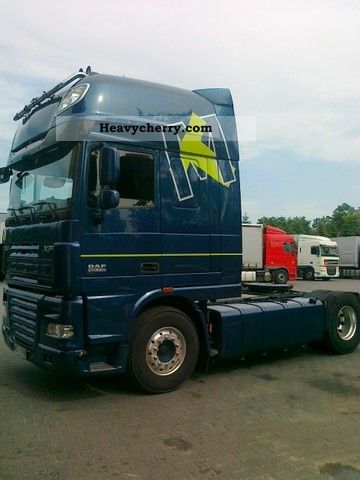 2011 DAF  105XF510 export € 63 500 MANUAL 2011 Semi-trailer truck Standard tractor/trailer unit photo