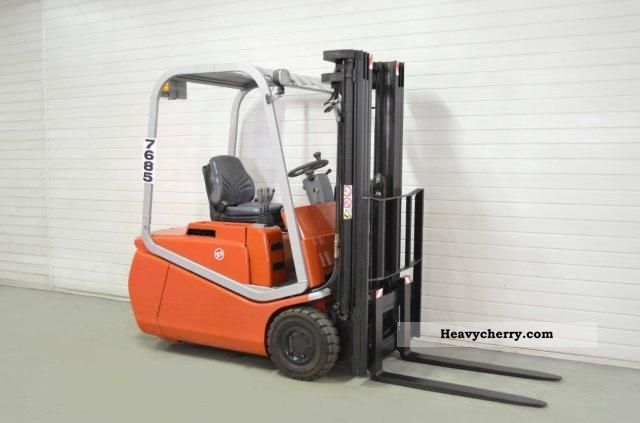 2004 BT  CBE 15T, SS, FREE LIFT Forklift truck Front-mounted forklift truck photo