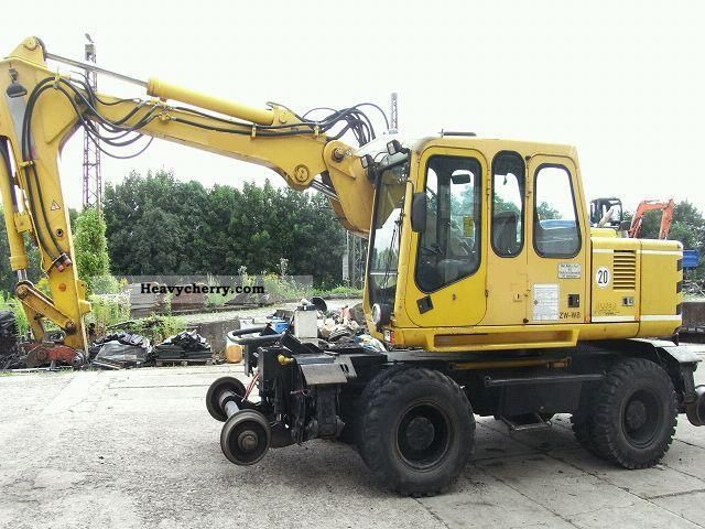 1999 Atlas  1304 ZW with DB-reduction track excavator Construction machine Mobile digger photo